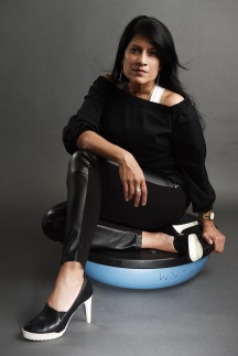 ACE_4602 sitting on BOSU ball soft look